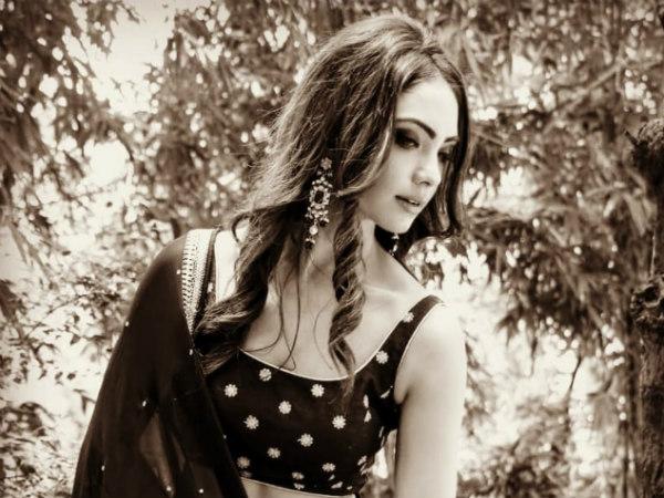 Pooja Suffers Severe Injury