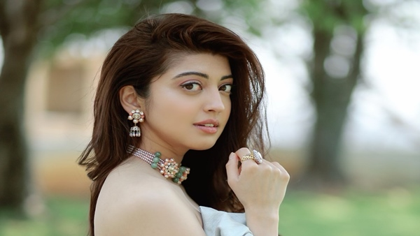 Pranitha Subhash Feels Unlike Bollywood, South Film Industry Accepts Actresses The Way They Are