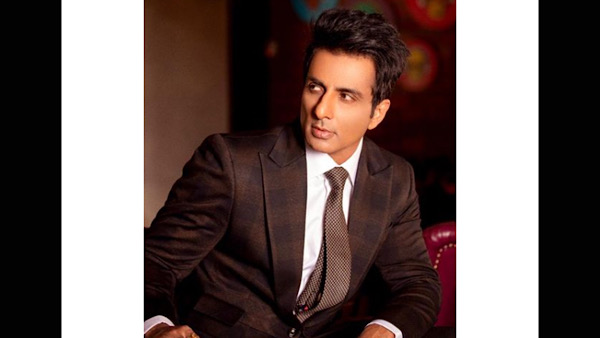 Sonu Sood Gets Teary-Eyed On Dance Deewane After A Family Thanks Him For Helping Their Family Member