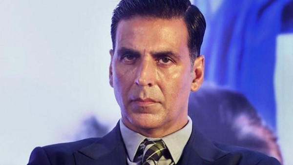 When Akshay Kumar Revealed A Girl Cut Her Wrist In front Of His House; What He Did Next Will Win Your Heart!