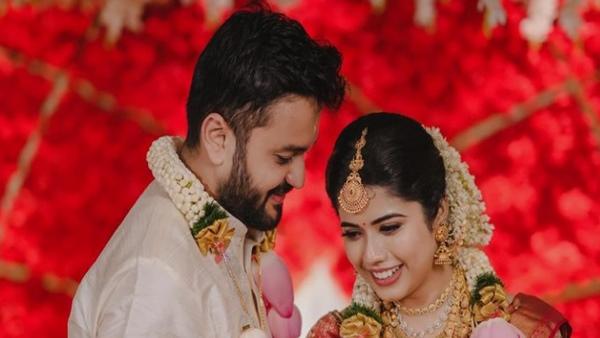 Sa Re Ga Ma Pa Keralam's Keerthana SK Ties The Knot With Suraj Sathyan See Beautiful Wedding Pictures