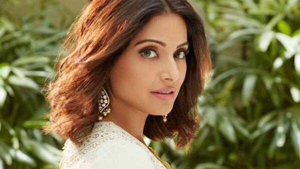 bipasha-basu-reveals-big-actresses-double-standards-they-would-comment-on-other-girls-wearing-shorts