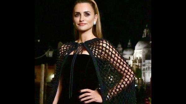 पेनेलोप क्रूज़ ने वेनिस 2021 में सर्वश्रेष्ठ अभिनेत्री का पुरस्कार जीता