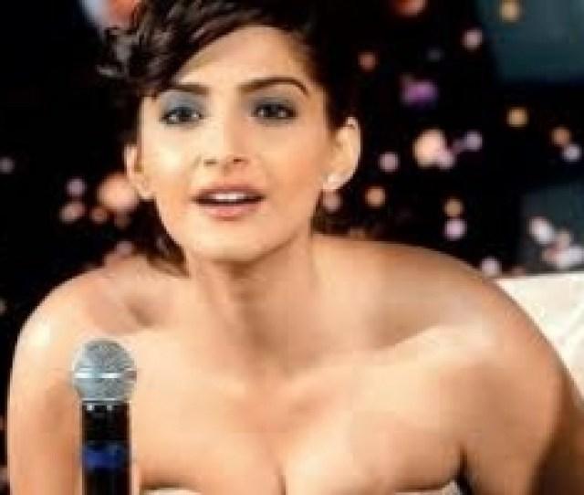 Bollywood Actress Latest Hot Pics_1509608110110 Jpg