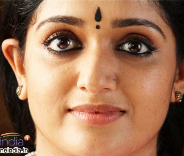 Kavya Madhavan Photos Hd Latest Images Pictures Stills Of Kavya Madhavan Filmibeat