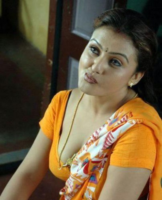 South Indian Actress Hot Cleavage_1453378737170 Jpg