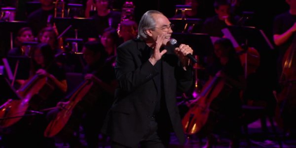 ROBERT KLEIN STILL CAN'T STOP HIS LEG: A Likeable Film About A Likeable Man