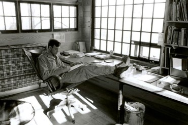 LOOK & SEE: A Portrait of Wendell Berry - Smoke & Farmland