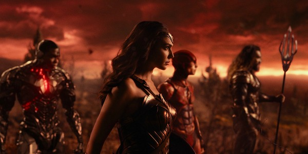 JUSTICE LEAGUE: Visually Captivating, Stealthily Substantive, & Vacillatingly Cohesive
