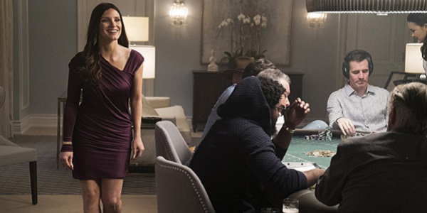 MOLLY'S GAME: Jessica Chastain at the poker table