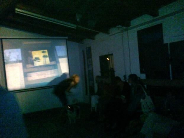 Dieses Handy-Foto während der Projektion  kann die Stimmung der Filmvorführung natürlich nur in Ansätzen wiedergeben