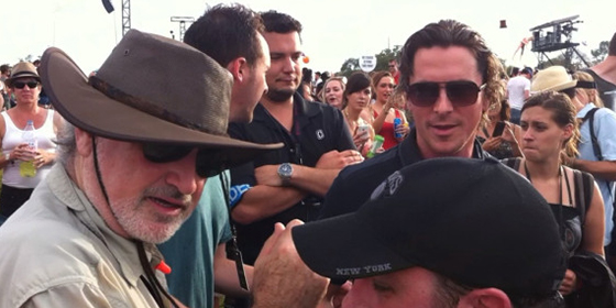 Terrence-Malick-and-Christian-Bale-1-filmloverss