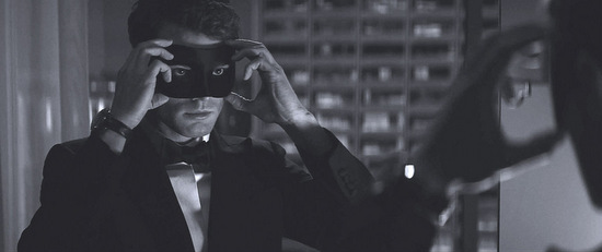 fifty-shades-darker-jamie-dornan-filmloverss