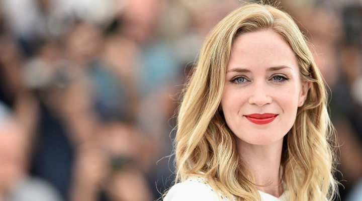 Emily-Blunt-The-Girl-On-The-Train-Filmloverss