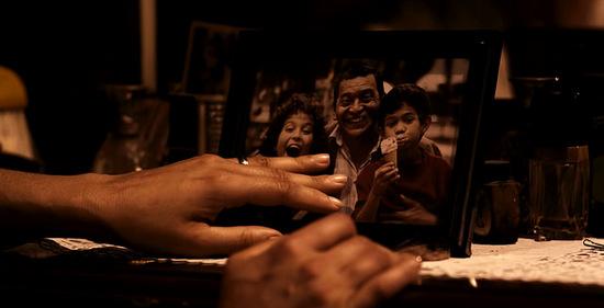 araftaki-ev-10-filmloverss