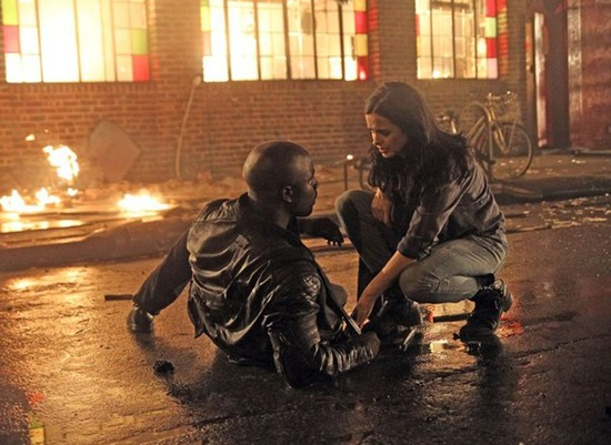 Luke-Cage-Jessica-Jones-Netflix-Marvel-Mike-Colter-Filmloverss