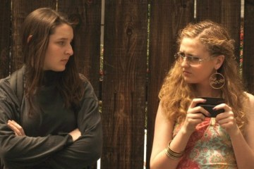 haftanin-kisa-filmi-i-feel-stupid-ana-lily-amirpour-filmloverss