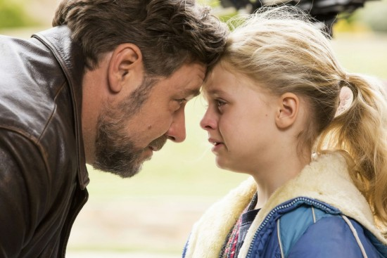 Fathers-and-Daughters-amanda-seyfried-filmloverss