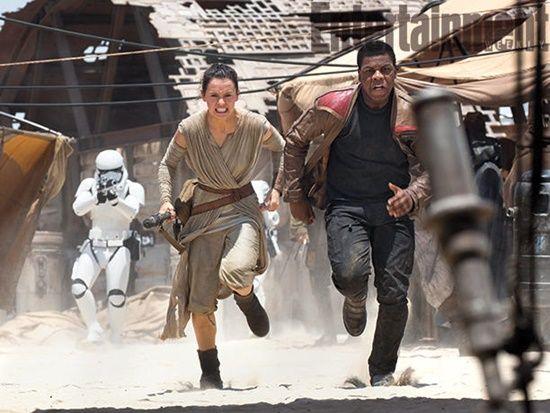 Star-Wars-The-Force-Awakens-Daisy-Ridley-John-Boyega-Filmloverss