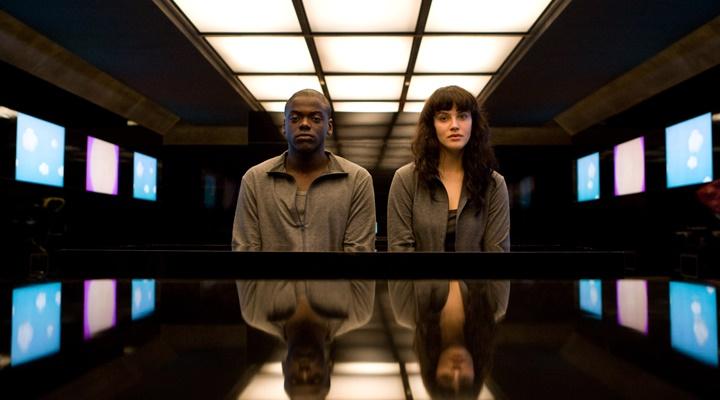 Black-Mirror-Charlie-Brooker-Netflix-Filmloverss