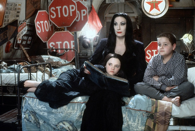Addams-Family-1991-gorsel-filmloverss