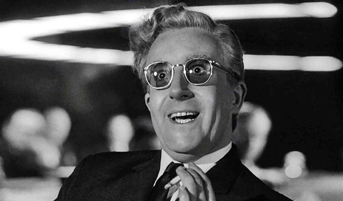 Dr-Strangelove-filmloverss