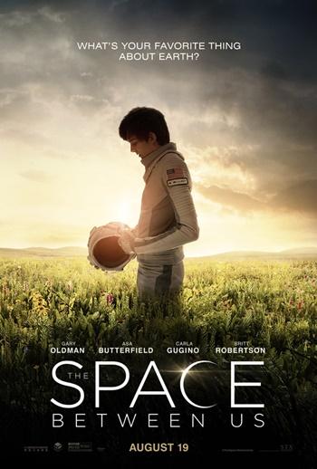 The-Space-Between-Us-2-FilmLoverss