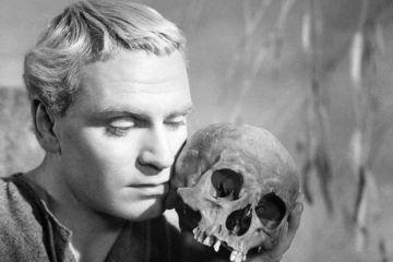 Hamlet - FilmLoverss