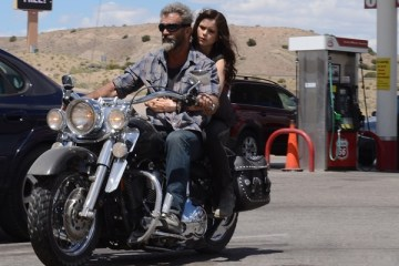 mel-gibson-li-blood-father-dan-yeni-fragman-yayinlandi-filmloverss