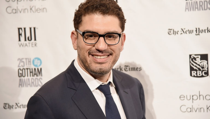 NEW YORK, NY - NOVEMBER 30: Writer Sam Esmail attends the 25th Annual Gotham Independent Film Awards at Cipriani Wall Street on November 30, 2015 in New York City. (Photo by Theo Wargo/Getty Images)
