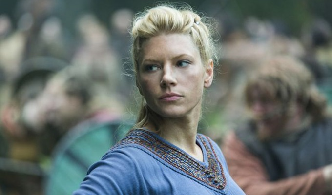 vikings-4-sezon-13-bolum-lagertha-filmloverss