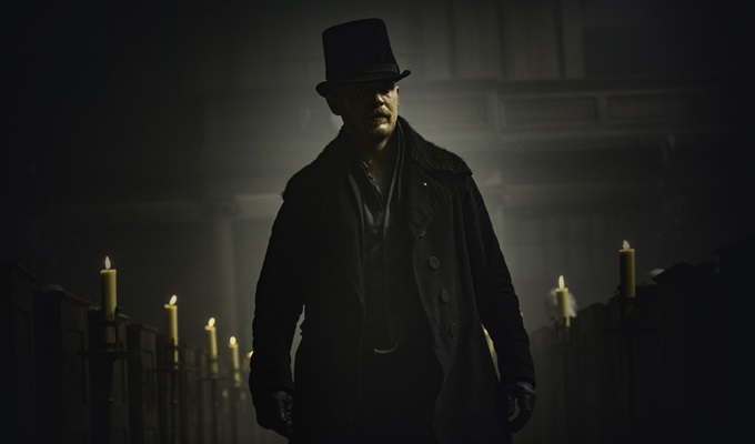 taboo-1-bolum-james-filmloverss