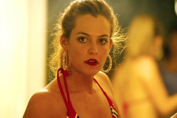 riley-keough-lars-von-trier-in-yeni-filmi-the-house-that-jack-built-filmloverss