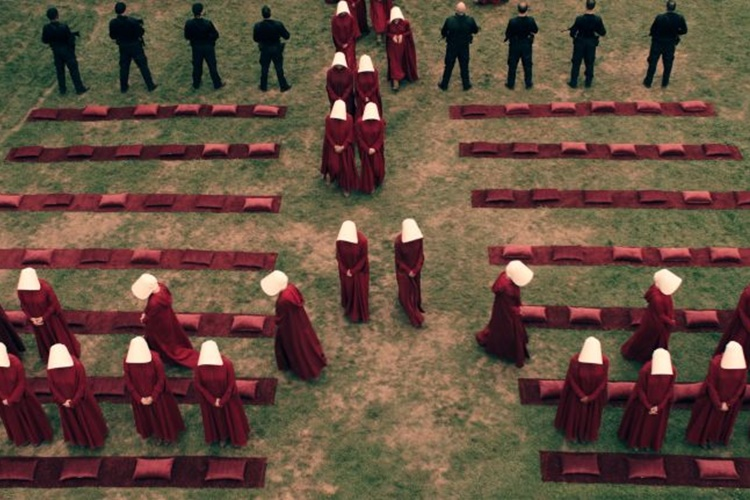 the-handmaid-s-tale-14-filmloverss