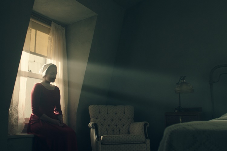 the-handmaid-s-tale-8-filmloverss