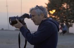 alfonso-cuaron-un-yeni-filmi-roma-nin-kamera-arkasi-goruntuleri-yayinlandi-filmloverss