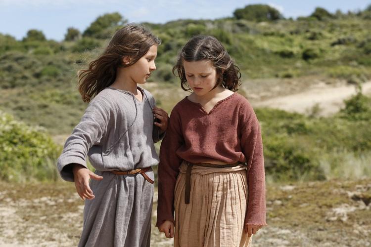 cannes-film-festivalinde-promiyerini-gerceklestirecek-muzikal-drama-jeannette-the-childhood-of-joan-of-arctan-fragman-yayinlandi-2-filmloverss