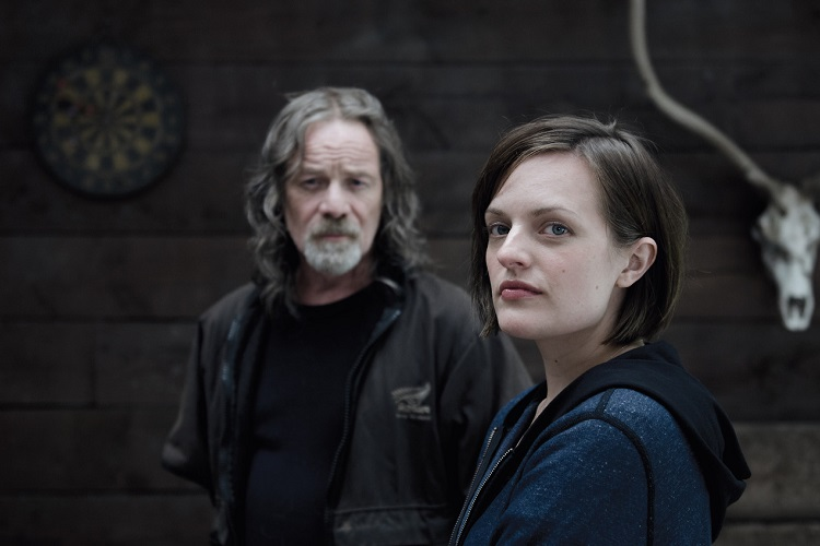 """L to R, Peter Mullan and Elisabeth Moss -Sundance Channel original miniseries """"Top of the Lake"""" - Photo Credit: Parisa Taghizadeh"""