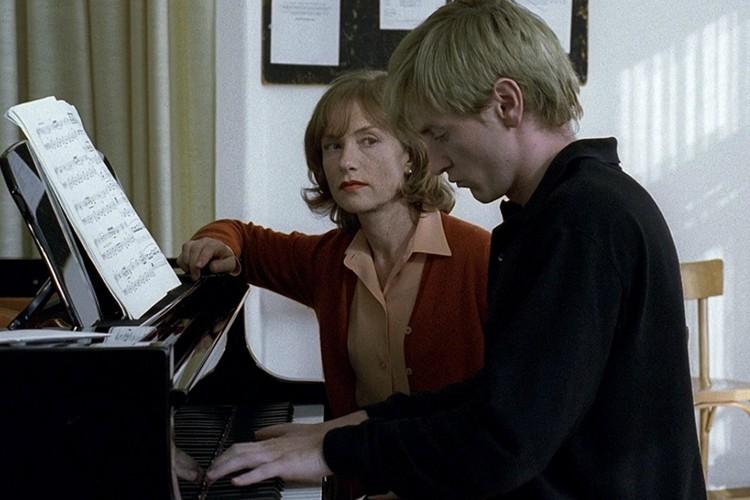 the-piano-teacher-filmloverss