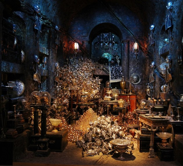 FIRST LOOK AT GRINGOTTS WIZARDING BANK AT WARNER BROS. STUDIO TOUR LONDON – THE MAKING OF HARRY POTTER