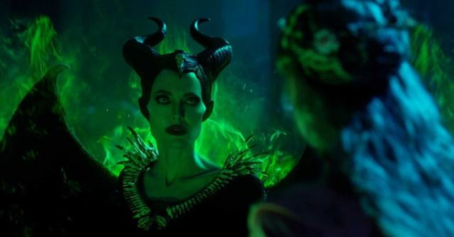 Angelina Jolie in Maleficent 2: Signora del male
