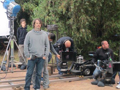 Patrick Newall la filmări, în Bucureşti