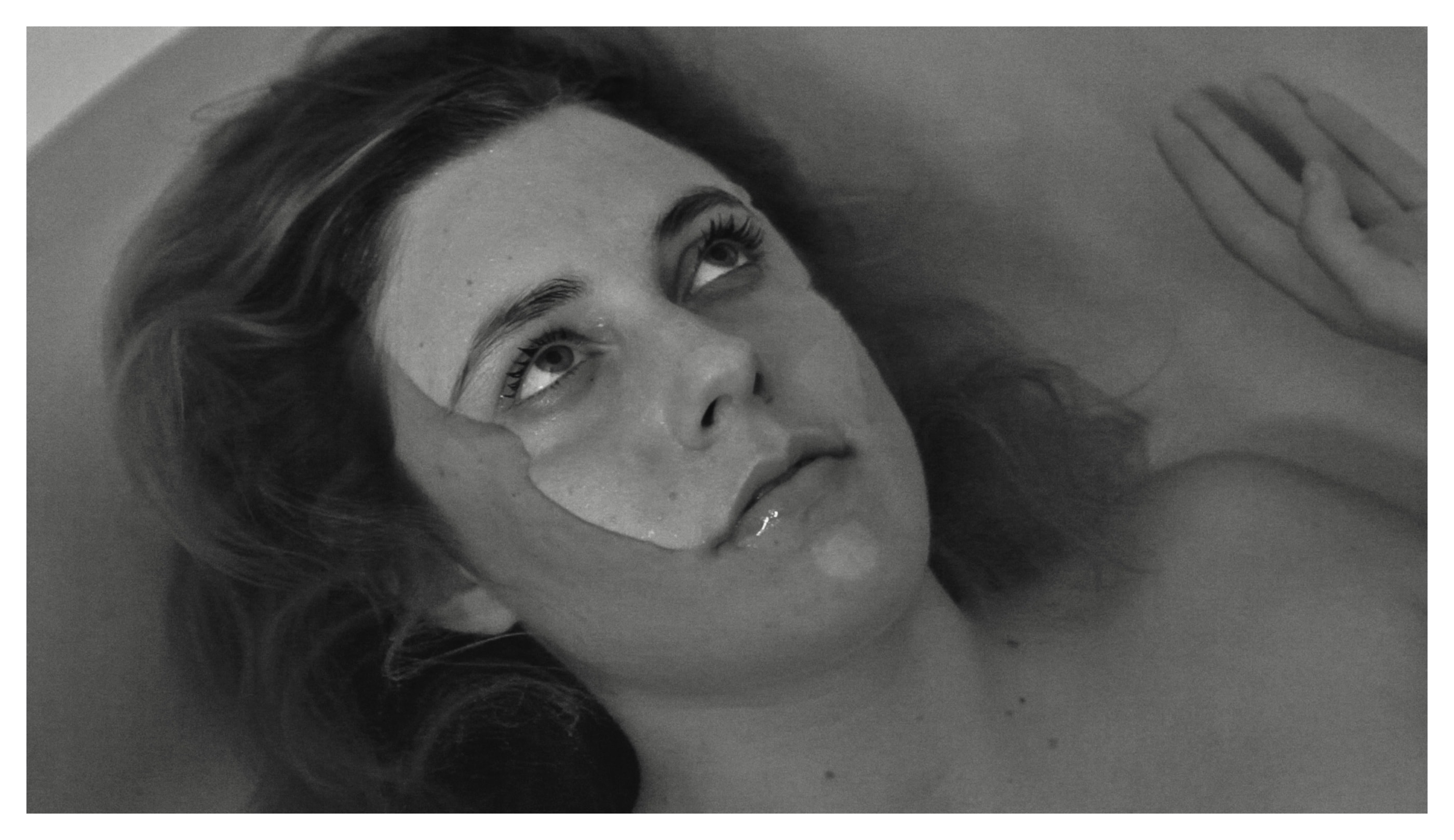 """The Most Important Movie In The World: Frances Ha """"Greta Gerwig in a bathtub thinking about life"""""""