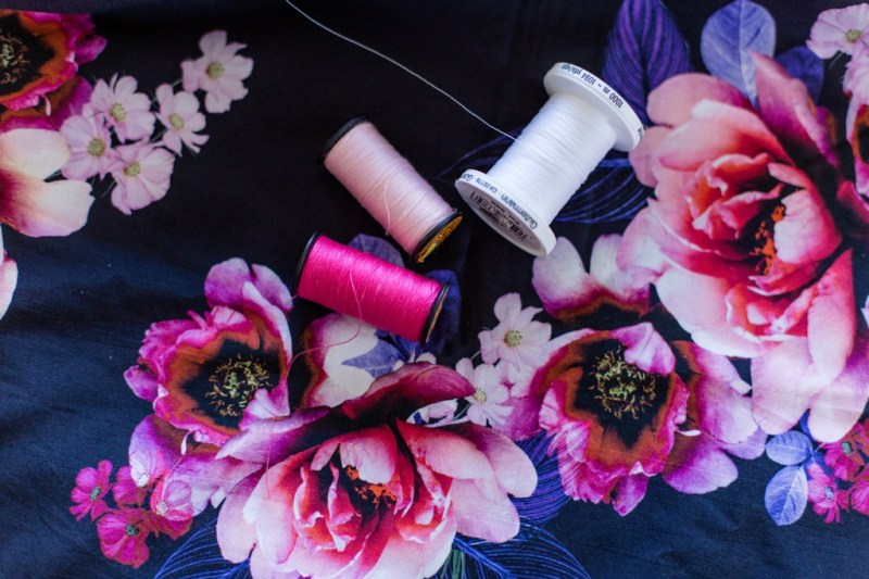 #28DaysOfBlogging - Color of the Year Ultraviolett