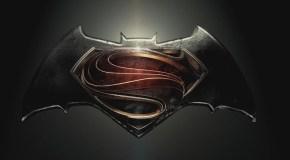 Batman v Superman: Trailer frisch von der Comic-Con und ein Gruppenfoto vom Cast