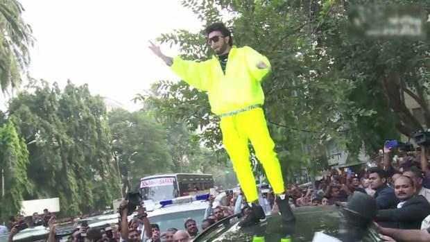 ranveer singh on top of his car, ranveer singh, ranveer singh at Adidas store in Mumbai,