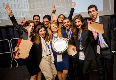 Πρωταθλήτρια Κόσμου η Νομική Σχολή του Πανεπιστημίου Αθηνών