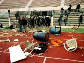 Η βία στα γήπεδα