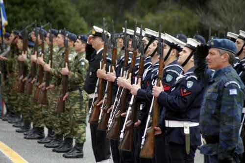 Μπορώ να κάνω τις προκαταρτικές εξετάσεις του στρατού σε σχολές που δεν ανοίγει η Ομάδα Προσανατολισμού μου;