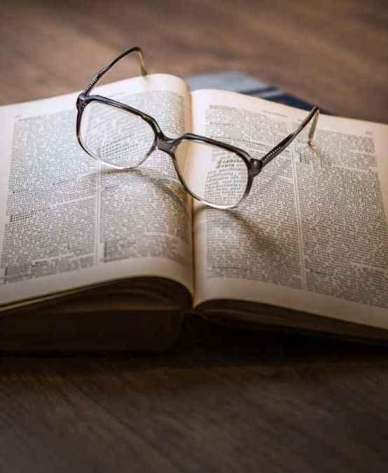 Ένας Βιβλιοπαρμένος